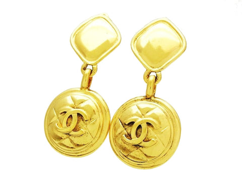 Vintage Chanel dangle earrings quilted CC logo round