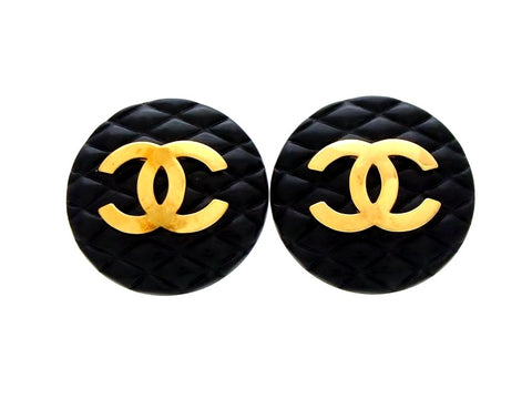 Vintage Chanel earrings Ashlee Simpson quilted black round CC logo
