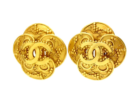 Vintage Chanel earrings CC logo clover large