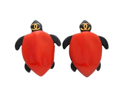 Vintage Chanel turtle earrings CC logo red plastic