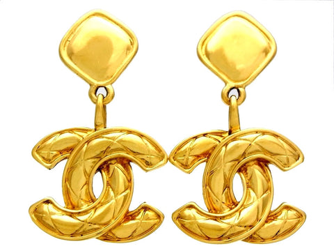 Vintage Chanel earrings Ashlee Simpson quilted CC logo dangle