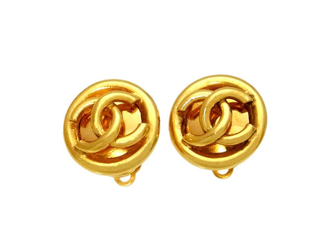 Vintage Chanel earrings CC logo round