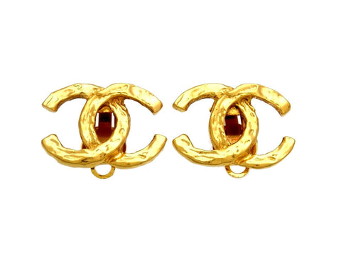 Vintage Chanel earrings CC logo