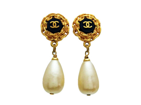 Vintage Chanel earrings pearl dangle