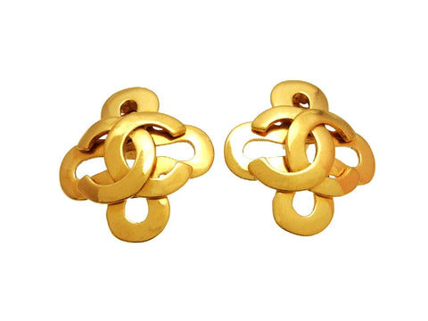 Vintage Chanel earrings CC logo clover