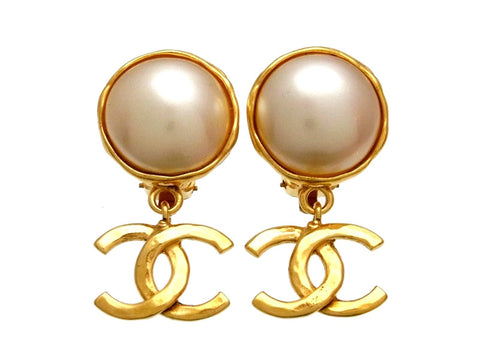 Vintage Chanel earrings pearl CC logo dangle