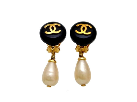Vintage Chanel earrings CC logo round pearl dangle