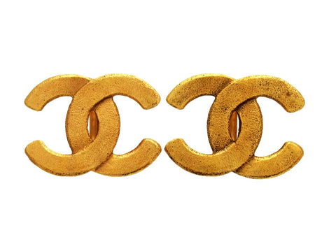 Vintage Chanel earrings CC logo double C large