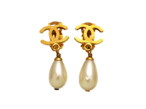 Vintage Chanel earrings CC logo pearl dangle