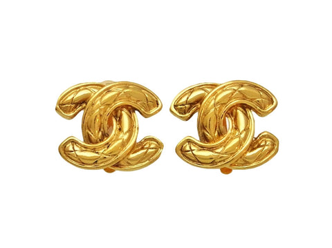 Vintage Chanel earrings quilted CC logo double C