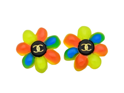 Vintage Chanel earrings CC logo pop flower