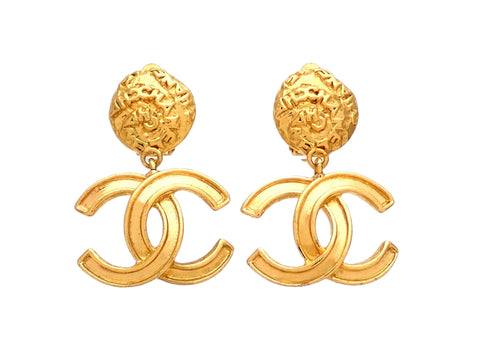 Authentic vintage Chanel earrings round clip CC logo double C dangled