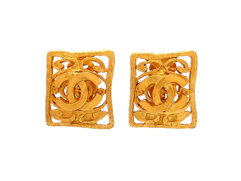 Authentic vintage Chanel earrings Square Decorative CC logo