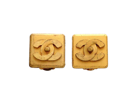 Authentic vintage Chanel earrings Matte Gold Square CC turnlock logo