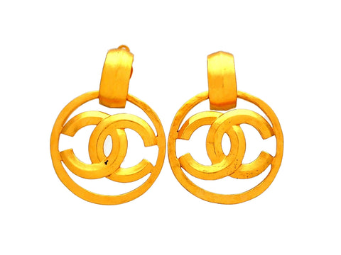 Authentic vintage Chanel earrings CC logo round dangled