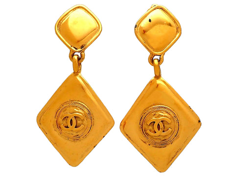 Authentic vintage Chanel earrings Rhombus CC logo Round Dangled