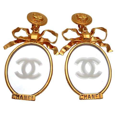 Authentic vintage Chanel earrings COCO medal Ribbon CC logo mirror