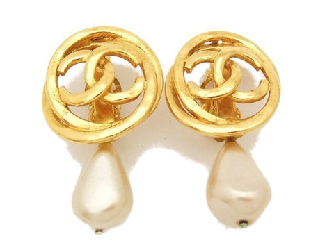 Authentic vintage Chanel earrings gold CC pearl dangle large