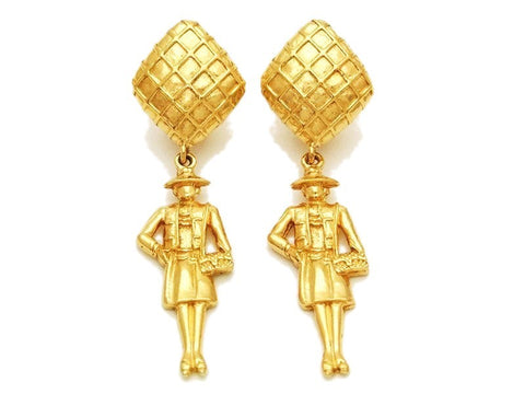 Authentic vintage Chanel earrings gold rhombus swing COCO dangle sale