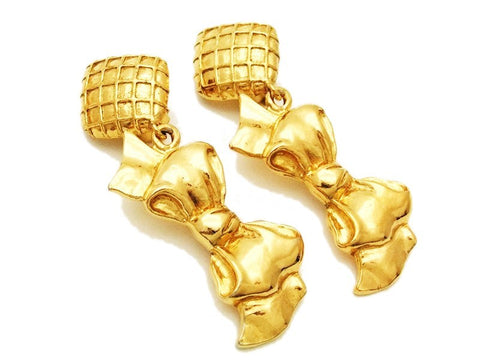 Authentic vintage Chanel earrings gold rhombus swing ribbon dangle