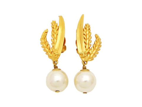 Authentic vintage Chanel earrings gold CC logo rice ear pearl dangle