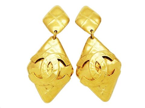 Authentic vintage Chanel earrings double rhombus gold CC logo dangle