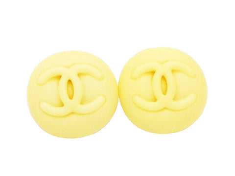 Authentic vintage Chanel earrings CC logo off-white plastic round