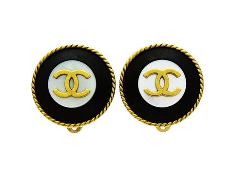 Chanel earrings CC logo round black wood Authentic