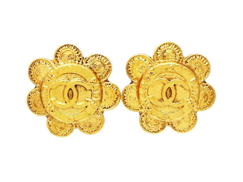 Chanel round earrings rising Sun CC logo Authentic