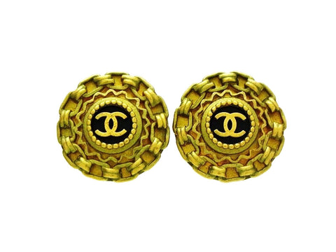 Chanel earrings CC logo black round Authentic