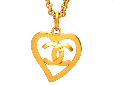 Authentic vintage Chanel necklace CC logo heart