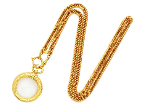 Authentic vintage Chanel necklace chain CC logo quilted round loupe