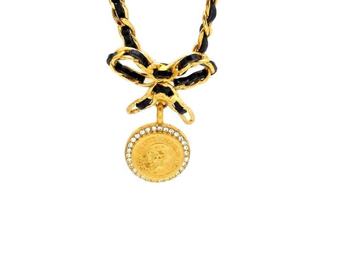 Vintage Chanel necklace COCO medal rhinestone
