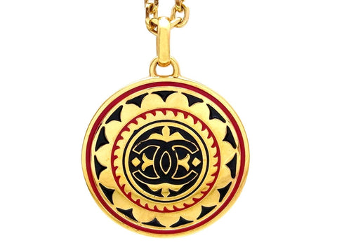 Vintage Chanel necklace CC logo pendant
