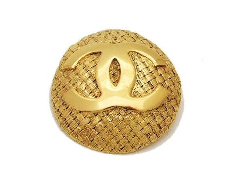 Authentic vintage Chanel pin brooch gold CC round jewelry