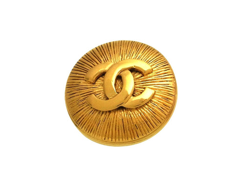 Vintage Chanel pin brooch CC logo round