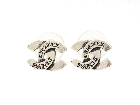 Chanel stud earrings CC logo silver color Authentic vintage Chanel