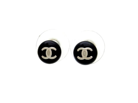 Vintage Chanel stud earrings CC logo black round small