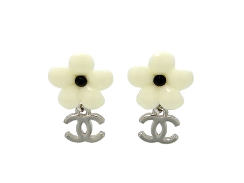 Vintage Chanel stud earrings white flower dangle