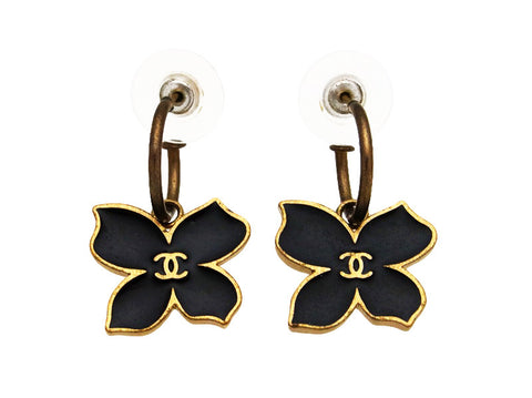 Vintage Chanel stud earrings CC logo flower dangle black