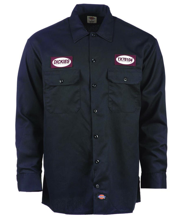 Blue mechanics shirt from Dickies with patches on the front.