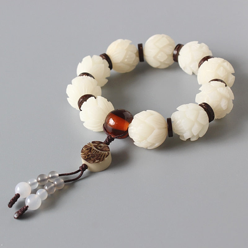 White Bodhi Seed Carved Lotus Flower Beads Stretch Bracelet For Women Unique Wood Crafts Beaded Jewelry Artisan Handmade Gift