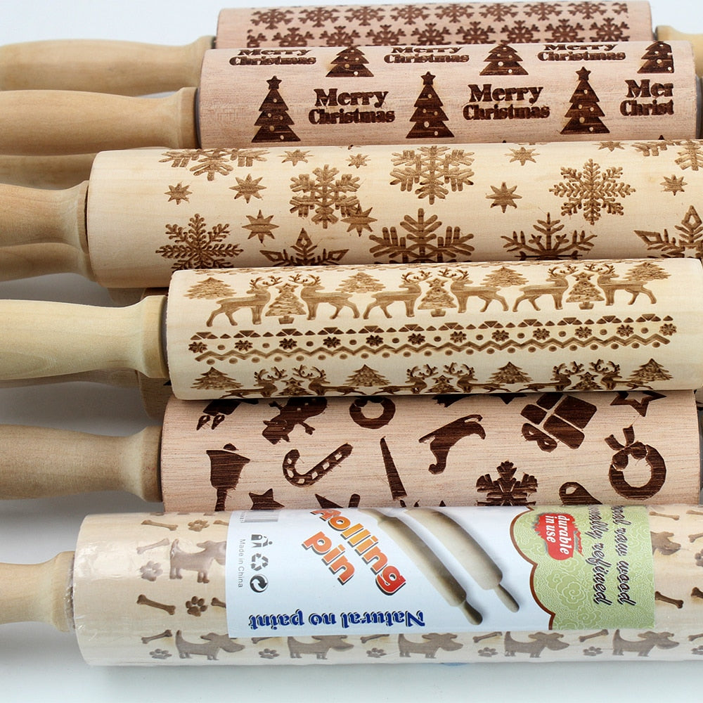 35cm / 43cm Christmas Deer Embossing Rolling Pin Elk Engraved Carved Wood Embossed Rolling Pin Snowflake Reindeer baking