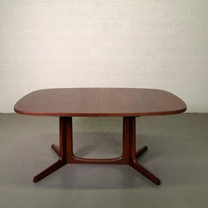 Danish Modern Teak Extension Dining Table By Niels O. Moller, Gudme Mobilfabrik