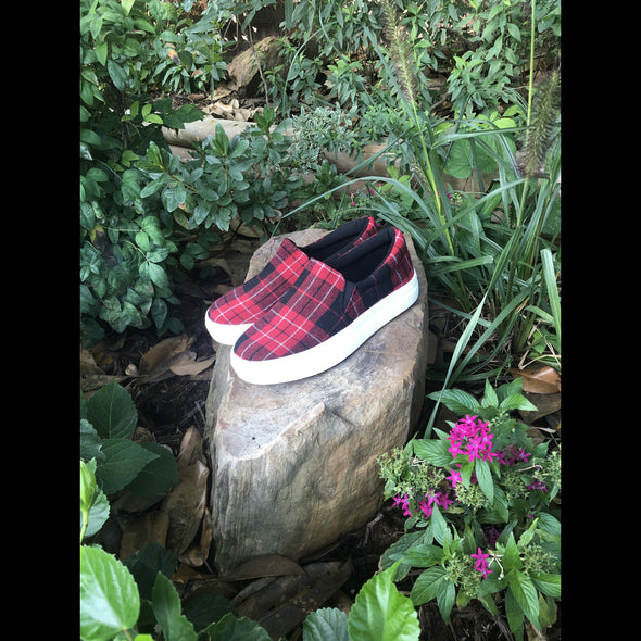 Gracie Urban Plaid Platform Sneaker in Red/Black