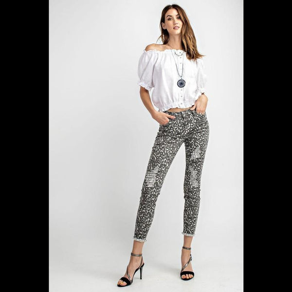 Libby Distressed Skinny Jean in Gray Leopard
