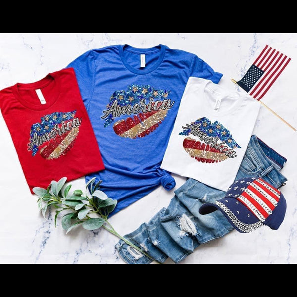 Hot Lips 'Merica Graphic Tee in Blue