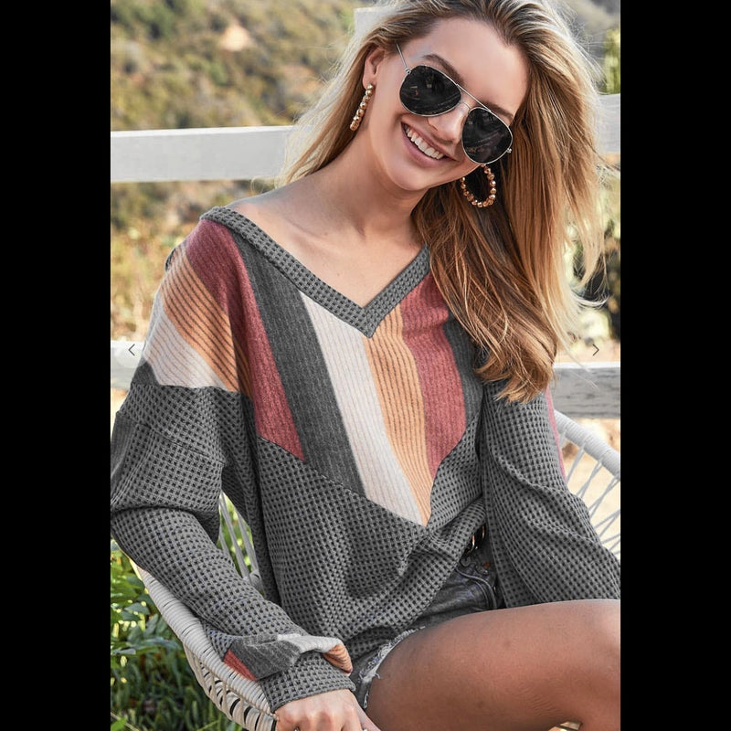 Meet Me In The Middle Chevron Thermal Top in Charcoal