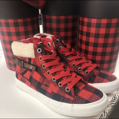 Winter Wish Buffalo Check Lace Up Shoes in Red/Black