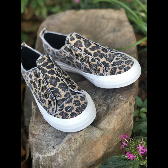 Alley Cat Leopard Print Laceless Canvas Sneakers